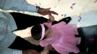 nene  Anna Clara dancando