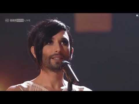 conchita-wurst-diamonds-are-forever-great-moments-orf-20112015-rusunstoppables