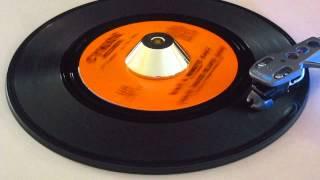 Chico David Blues Band - Wait A Minute Baby - Cynjoe: 7539