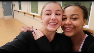 Nia and Chloe Teach Christi How to Dance | Nia Sioux