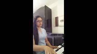 Hinos CCB 428-O dia de Cristo bem perto está tocado a Órgão  Dayane de Mattos