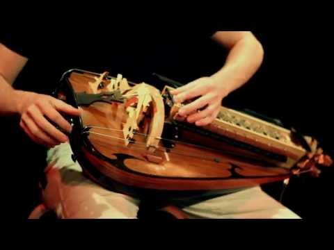 omen-guilhem-desq-hurdy-gurdy-hurdyguigui