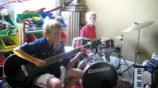 I love Rock N Roll Cover by 9 year old guitar player/6 year old drummer