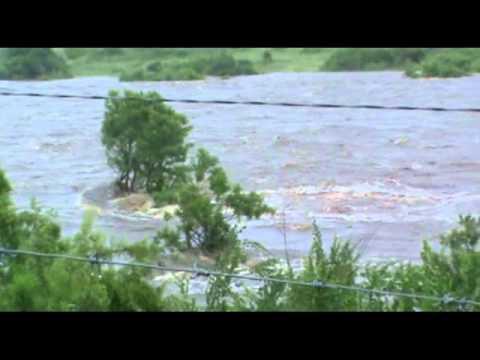 Crocodile river flood 19/01/2012 p/2