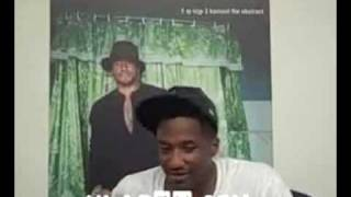 Q-Tip impersonates Busta Rhymes (Hilarious)