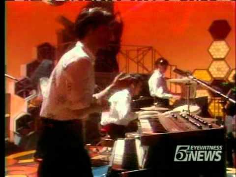 yellow-magic-orchestra-firecracker-soul-train-1980-mixcessation