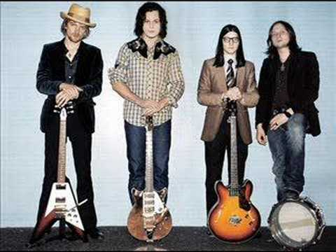 the-raconteurs-steady-as-she-goes-acoustic-rabbitfighter47