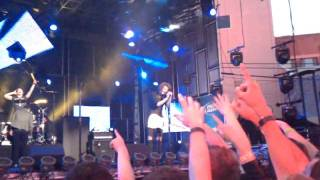 Asking Alexandria-Not The American Average live @ Jimmy Kimmel in Hollywood