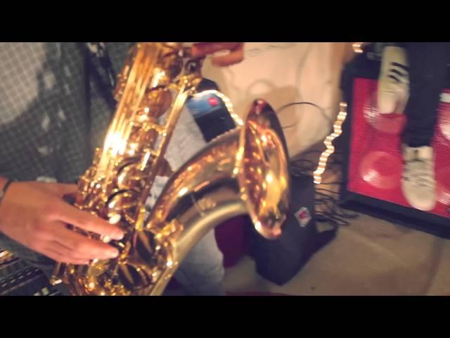Video oficial de qué bella emoción del grupo Tigra