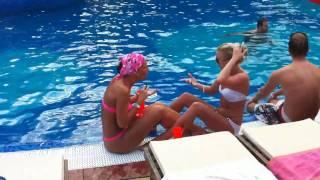 Bulgarien: Sexy Hot Beach Bikini Girls @Megapark Goldstrand TV.NEWS-on-Tour.de