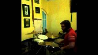 Uma Thurman, Fall Out Boy Drum cover
