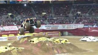 Tom Meents Maximum Destruction Attempts To Run Over Grave Digger Monster Jam St Louis 2012 Freestyle
