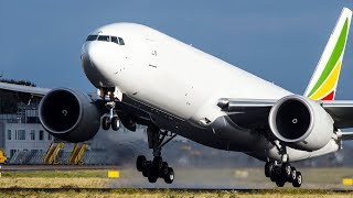 WOW! The FASTEST BOEING 777 TAKEOFF EVER - 15 SECONDS! (4K)
