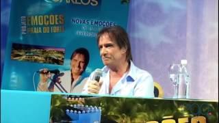 Roberto Carlos leva fãs à loucura na Bahia  'Não durmo de pijama'