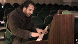 """Chilly Gonzales: """"Dot"""""""