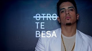 Jr - Otro Te Besa (Lyric Video) Bachata 2015