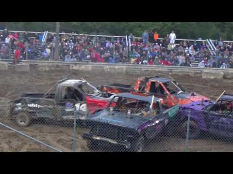 USA Demolition Derby Championship 2018 Truck Heat (Saline, Michigan)
