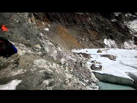 Перевал Чо Ла. Вид на Долину Чолацзе.