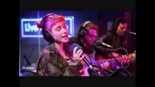 Paramore - Matilda (Alt j cover) BBC Radio 1 live lounge (high quality audio)