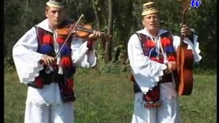 Ionuc si Ion Ivanciuc - In cel Varvut de Gutai  Hora TV klip