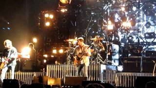 Kings Of Leon - Revelry (live @ Sportpaleis 29-11-2010)
