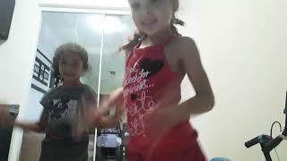 Meninas que dança muito!