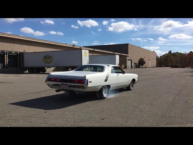 1971 Chrysler New Yorker burnout
