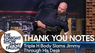 Triple H hace atravesar una mesa a Jimmy Fallon