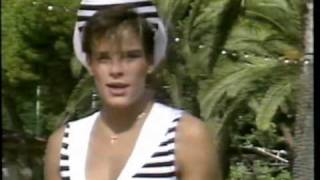 Stephanie De Monaco - Dance With Me (HQ)
