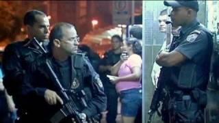 """Rio de Janeiro, favelas """"riconquistate"""""""