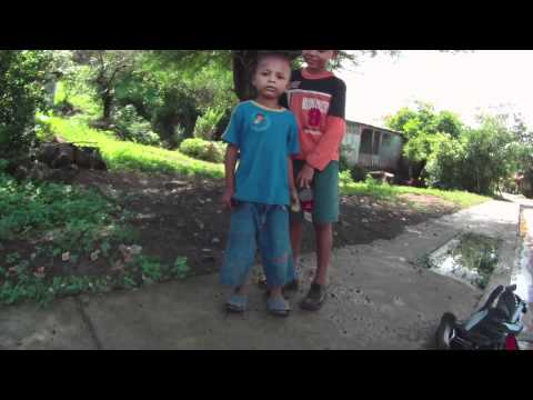 21 Days Outtakes: Nicaraguan kids in Ostional -HD