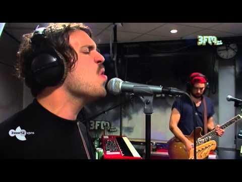 go-back-to-the-zoo-you-live-3voor12-radio-3voor12