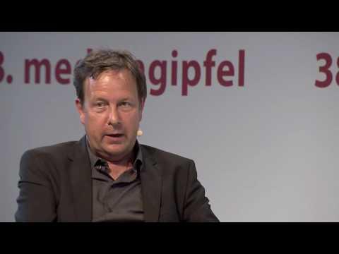 38. mediengipfel: Transformation made by Amazon. Ralf Kleber im Gespräch mit Ole Tillmann - Der Talk