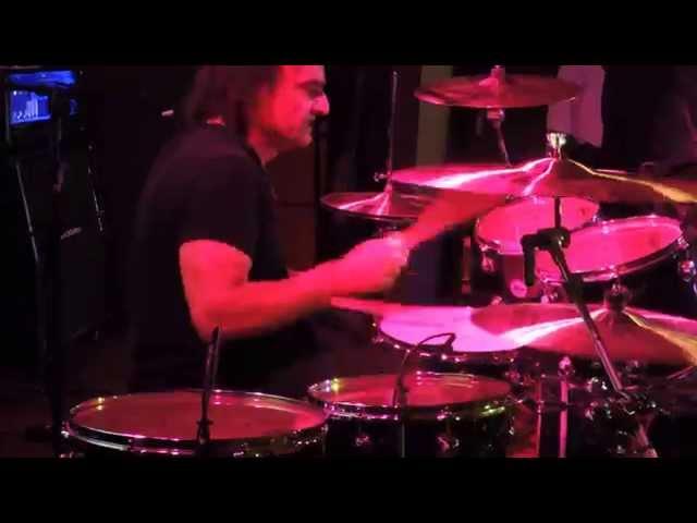 Video oficial de we rock de Vinny Appice