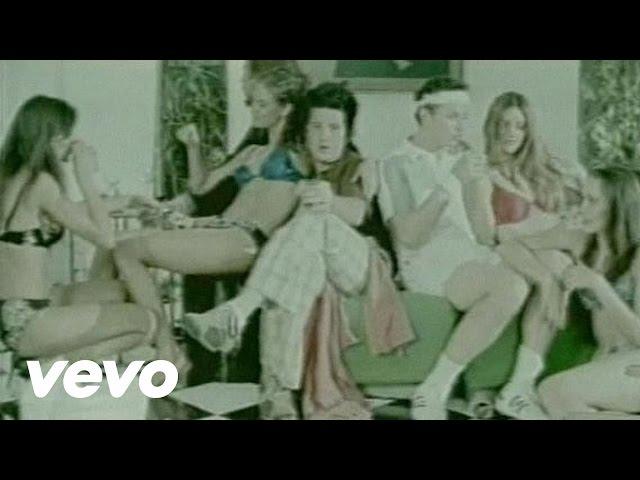 Vídeo de la banda mexicana Plastilina Mosh - Peligroso POP