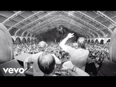 vigiland-shots-squats-make-u-sweat-remix-ft-tham-sway-vigilandvevo