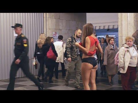 ukrainskim-devushkam-podglyadivat-pod-yubku-porno-belie-trahayut-negritosok