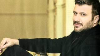 Ενα Μαντήλι Γιάννης Πλούταρχος / Ena Mantili Giannis Ploutarhos