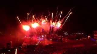 Firestone Vs.Mammoth (DV & LM Mashup Live at Tomorrowland 2015]