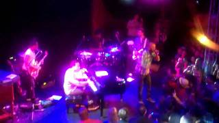 """JL, The Roots and Common Performing """"They Say"""" at The Troubadour, Los Angeles"""