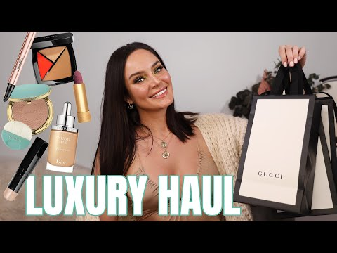 Trying On My New Makeup! Chanel, Gucci, Armani & More \ Chloe Morello