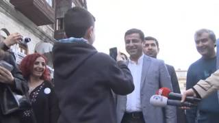 Çocuk hayranından Demirtaş'a: Lan bi dur