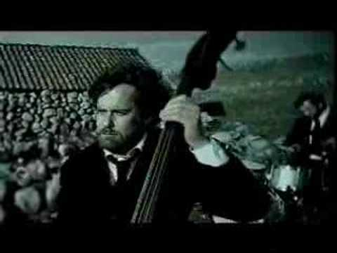 kaizers-orchestra-evig-pint-music-video-miikakaizer