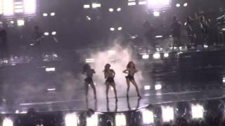 "Beyoncé - ""Crazy In Love""/""Single Ladies"" live in Milan, Mediolanum Forum"