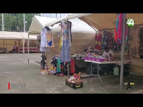 Poco a poco Comienzan a regresar al mercado del Río Cuale los comerciantes afectados por creciente