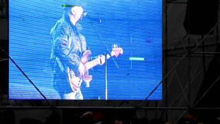 Semnal M - Spune-mi cine eşti (live @ Cluj Arena, Oct. 10, 2011)