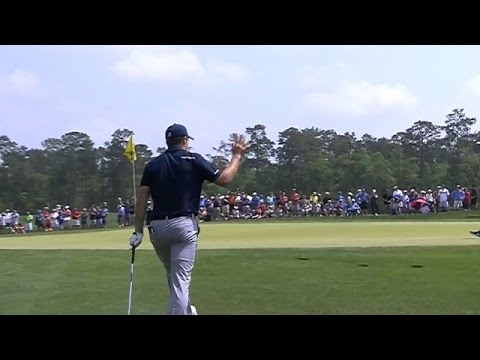 Jordan Spieth holes greenside chip for birdie at Shell
