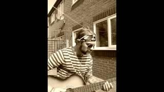 Nautical Moke-Hidden chains (live acoustic)