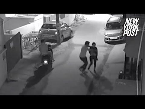 Femeie asaltata pe strada