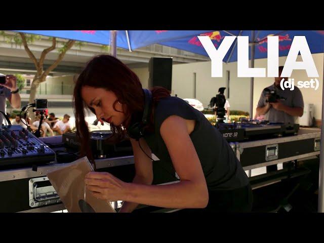 Video de Ylia